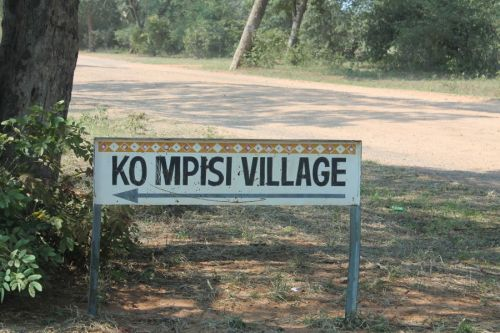 mpisi village sign
